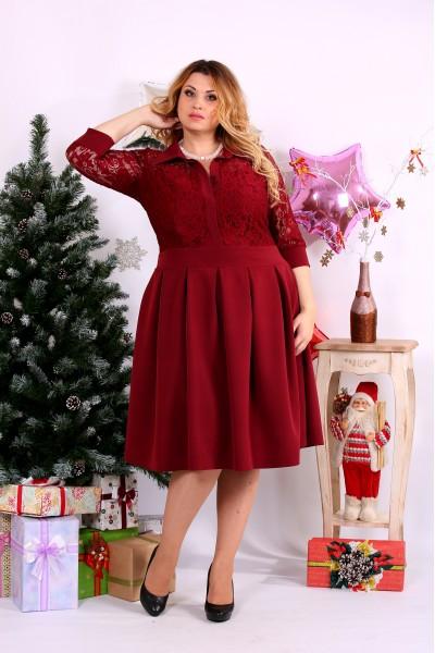 Красное платье с гипюром | 0659-3
