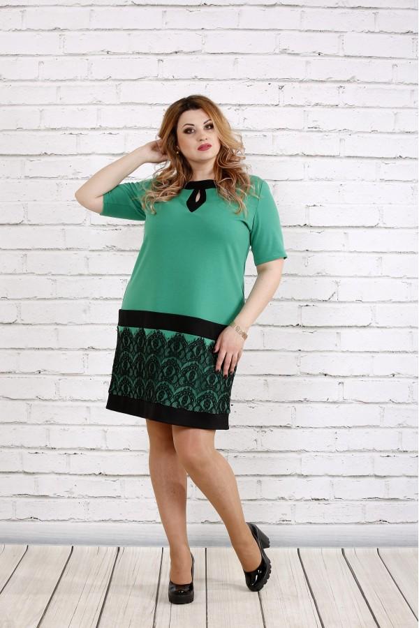 Фото Зеленое платье с кружевом | 0733-1