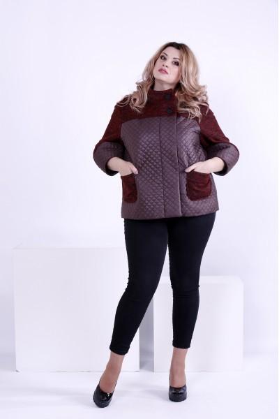 Фото Бордовая куртка с карманами и капюшоном | t0875-2