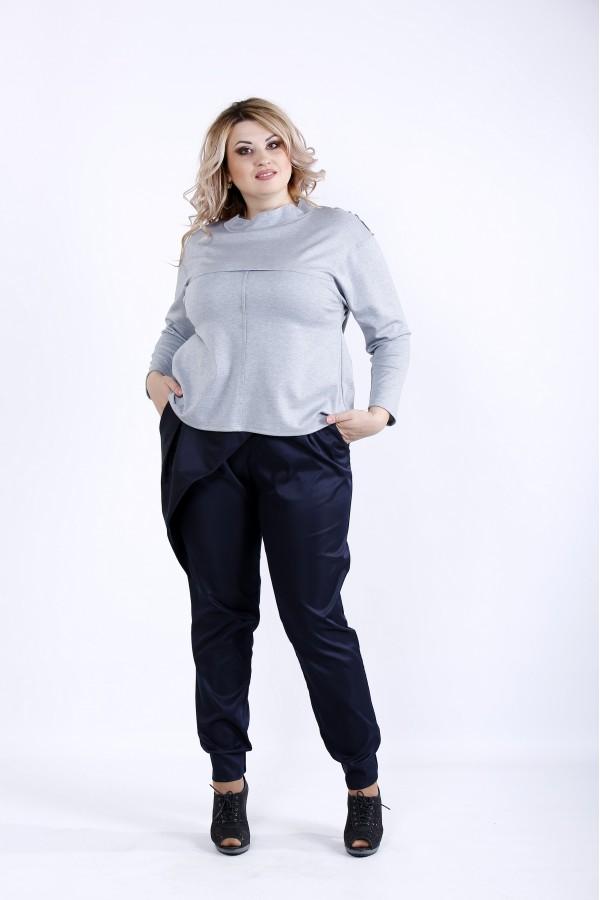 Фото  Світла блузка з довгим рукавом   0885-3