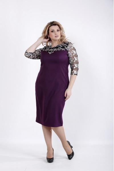 Фото Красивое баклажанное платье с вышивкой на сетке | 01037-2