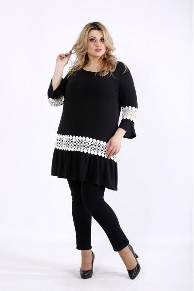 Фото Черная блузка-туника с белым кружевом | 01081-2