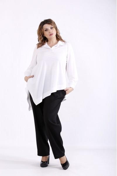 Фото Костюм: біла блузка і чорні брюки | 01281-1